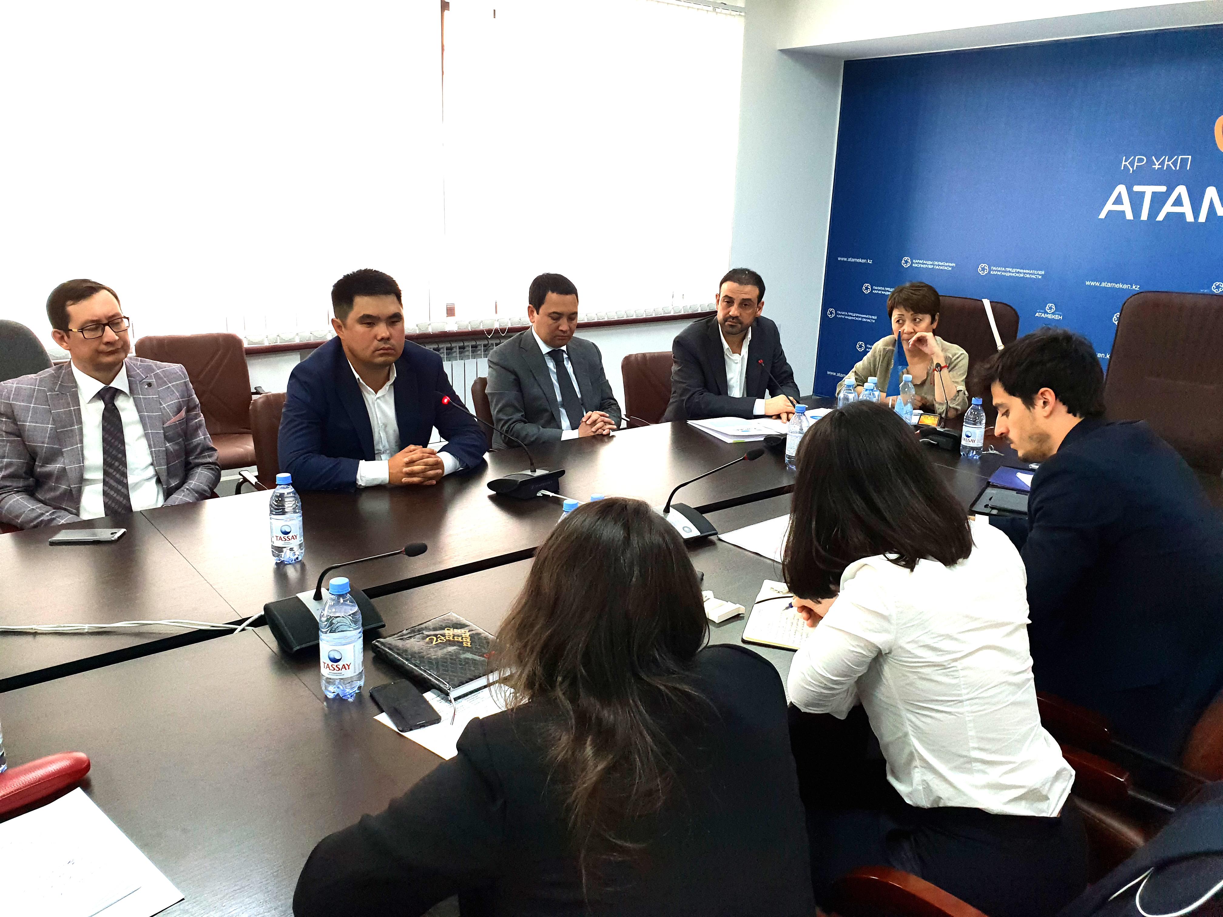 Reunión con empresas kazajas